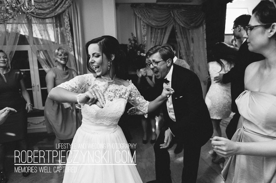 Wedding Pictures of Karina Kopczyńska & Wojciech Witkiewicz - Dworek Hetmański Robert Pieczyński Photography Fotografia