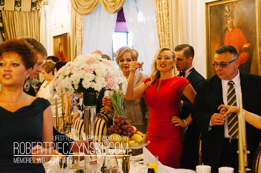 KKA-6317- robert pieczyński lifestyle and wedding photography fotografia ślubna zdjęcia ślubne fotograf szczecin stargard warszawa berlin poznań wrocław dworek hetmański